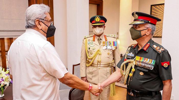 Sri Lanka President Gotabaya Rajapaksa with The Chief of the Army Staff of the Indian Army (COAS) General Manoj Mukund Naravane